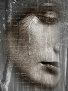 Łzy-kobiety-twarz-szare-ładne